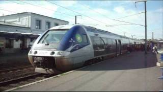 preview picture of video 'SNCF AGC Train entering and departing Morlaix on 24 09 11'
