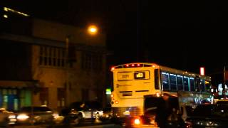 preview picture of video 'MTA New York City Bus: MCI D4500CT #2271 X63 @ Merrick Boulevard and 233rd Street!'