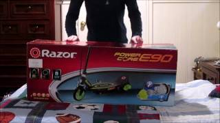 unboxing Razor e90 electric scooter
