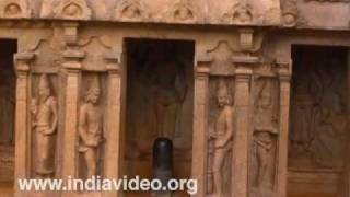 Trimurti mandapa at Mahabalipuram, Chennai