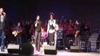 """Sing To The King"" Anthony Evans and Priscilla Shirer at Redemption 09 0002"