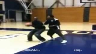 Michael Jordan 1 on 1 vs Slamball player (2009)