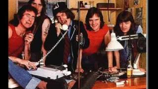 AC/DC - Rock 'n' Roll Singer with lyrics on screen