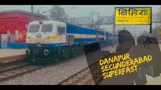 preview picture of video 'EMD gets WILD !!! Full Speed Danapur Secundrabad Superfast Thrashes BIHIYA Station !!'