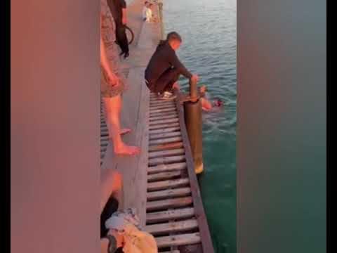 Παράλυτος άντρας έσωσε κολυμβητή