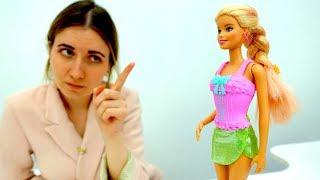 Барби испортила юбку в магазине. Игры для девочек