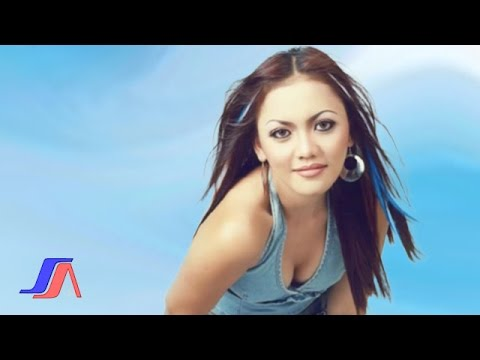 Ria Amelia - Lupa Pulang (Official Music Video)