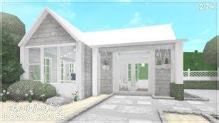 Bloxburg | Cheap Starter Beach House Speed Build