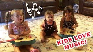 """Kids love music! Lovely baby """"musicians"""" funny compilation"""
