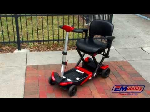 scooter électrique, pliable et dépliable automatiquement télécommandé.