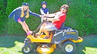 The Lawnmower pretend play kids video skit
