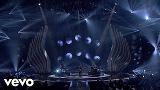 Shawn Mendes   There's Nothing Holdin' Me Back  In My Blood (Live  GNTM 2018 Finale)