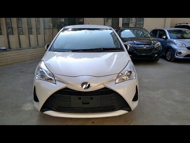 Toyota Vitz Hybrid U 1.5 2017 for Sale in Karachi