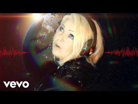 キム・ワイルドが「Birthday (Wilde Party Mix)」のミュージックビデオを公開 - amass