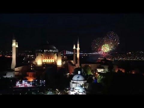 «Φιέστα» Ερντογάν για την Άλωση – Οργή στην Αθήνα