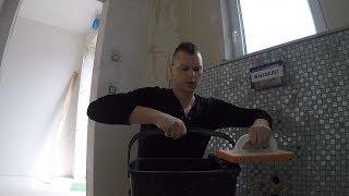 Fliesen verfugen und das fertige Ergebnis im Gäste WC - Hausbau VLOG