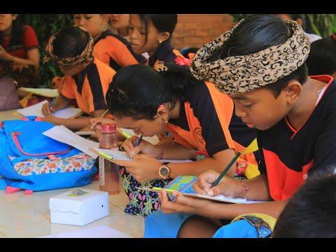 Bulan-Bahasa-Bali-Desa-Penarungan-2020.html