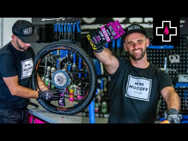 Видео Комплект Muc-Off Tubeless KIT
