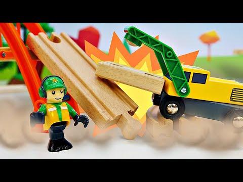 Brio Stadt - Der Güterzug fährt zur Kohlenmine - Spielzeug aus Holz