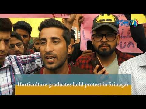 Horticulture graduates hold protest in Srinagar