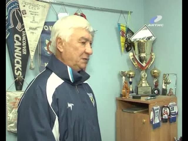 В Ангарске теперь есть заслуженный тренер по хоккею