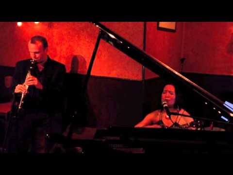 Luciar - Only Love (Live at Caffe Vivaldi, NYC)