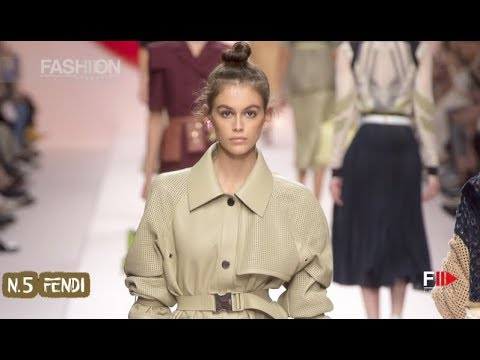 Top 10 looks UTILITY WORKER Spring 2019 | Trends - Fashion Channel