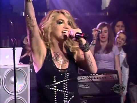 Ke$ha - Tik Tok Live Performance (720p) ~ [HD]