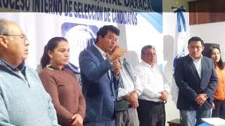 Juan Mendoza Reyes se registró como precandidato del PAN al distrito X de Oaxaca