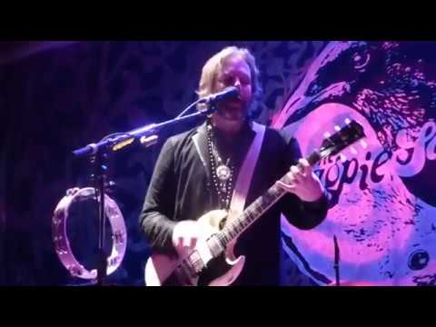 The Magpie Salute - Yesterday I Saw You [Rich Robinson song] (Houston 10.20.17) HD