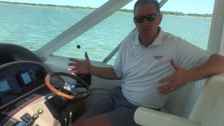 2004 Sea Ray 390 Motor Yacht for Sale at the MarineMax Dallas Yacht Center