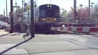 preview picture of video 'MTA LIRR: 2002-07 Bombardier M-7 LIRR at Cedarhurst (Far Rockaway Branch) (1/2)'
