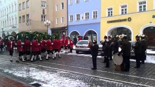 preview picture of video 'Schäfflertanz Mühldorf am Inn am 29.01.2012'