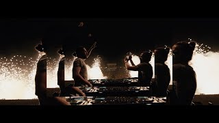 """Dimitri Vegas & Like Mike"" & Snoop Dogg & Julian Banks & Bassjackers - Bounce"