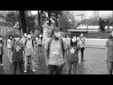 Giới trẻ Sài thành đeo mặt nạ xuống đường !