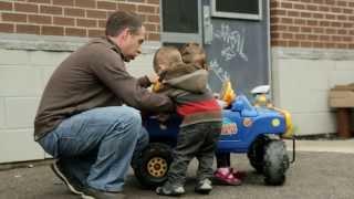 Comment aider un enfant de deux ans à maîtriser ses émotions?