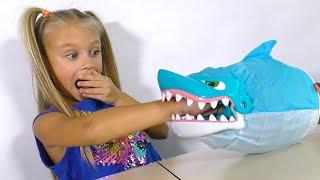 ЧЕЛЛЕНДЖ Обхитри Акулу Shark Bite Game Fun Challenge