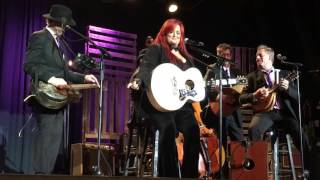 "Wynonna Judd/Wynonna & The Big Noise ""I want to know what love is"""