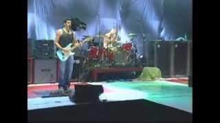 Divididos - Que Tal/La Rubia Tarada/Azulejo/Zapada - [Pinamar 20/1/2006]