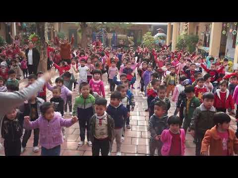 Hoạt động thể dục sáng hàng ngày của trẻ ở trường Mầm non Hùng Sơn 1