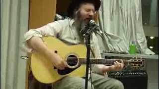 preview picture of video 'Lazer Lloyd Shlomo Nigun @Midnightrabbi Yeshivat Ashreinu, Bet Shemesh Educational Center!'