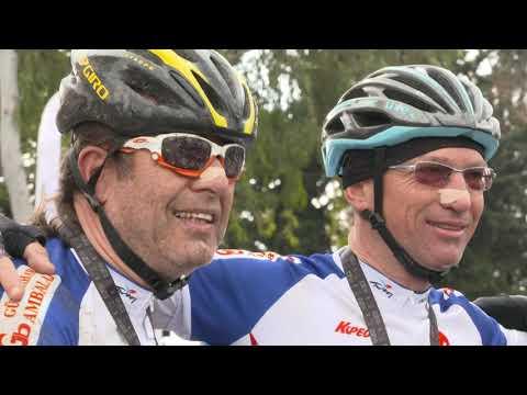 700 bisikletçi yarıştı