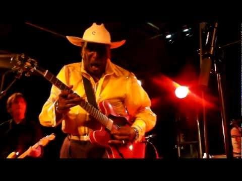 EDDY ' THE CHIEF' CLEARWATE & THE JUKE JOINTS (USA / NL) 26-3-2011 BLUES ALIVE IN CUIJK 2