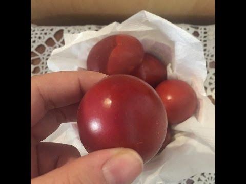 Βάψιμο αυγών με φλούδες από κρεμμύδια (οικολογική βαφή αυγών)