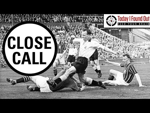 Playing with a Broken Neck - The Remarkable Story of Bert Trautmann