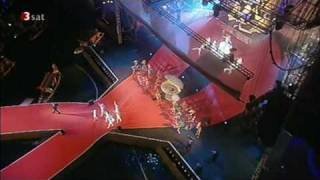Dave Stewart & Cindy Gomez 16.05.2009 - I Bring You Love (live at the Life Ball in Vienna) HQ