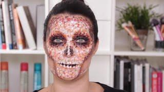 Not-So-Bare Bones: Skeleton Makeup Tutorial