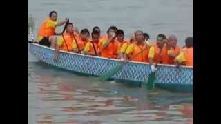 preview picture of video 'Tawau Dragon Boat Race 2013 - Mens Team'