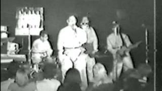 "Devo live 1977 ""Timing X - Soo Bawls"""