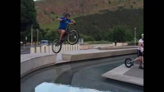 faze tari saritura lunga cu bicicleta